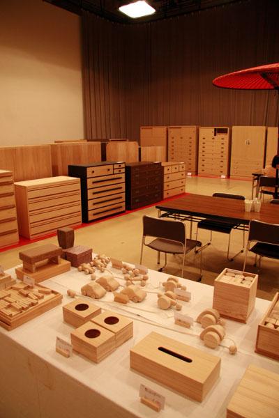 2010 加茂桐たんす展