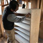 桐たんすの組み立て 神奈川県K様の整理たんすを作る5