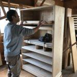 桐たんすの組み立て 東京都Y様の和たんすを作る8