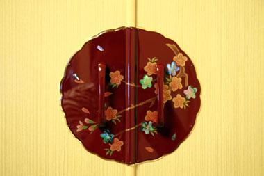 溜め漆 桜蒔絵 金具