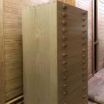 神奈川県 某博物館(名称は公表できません) 桐たんす 整理タンス 別注 15段